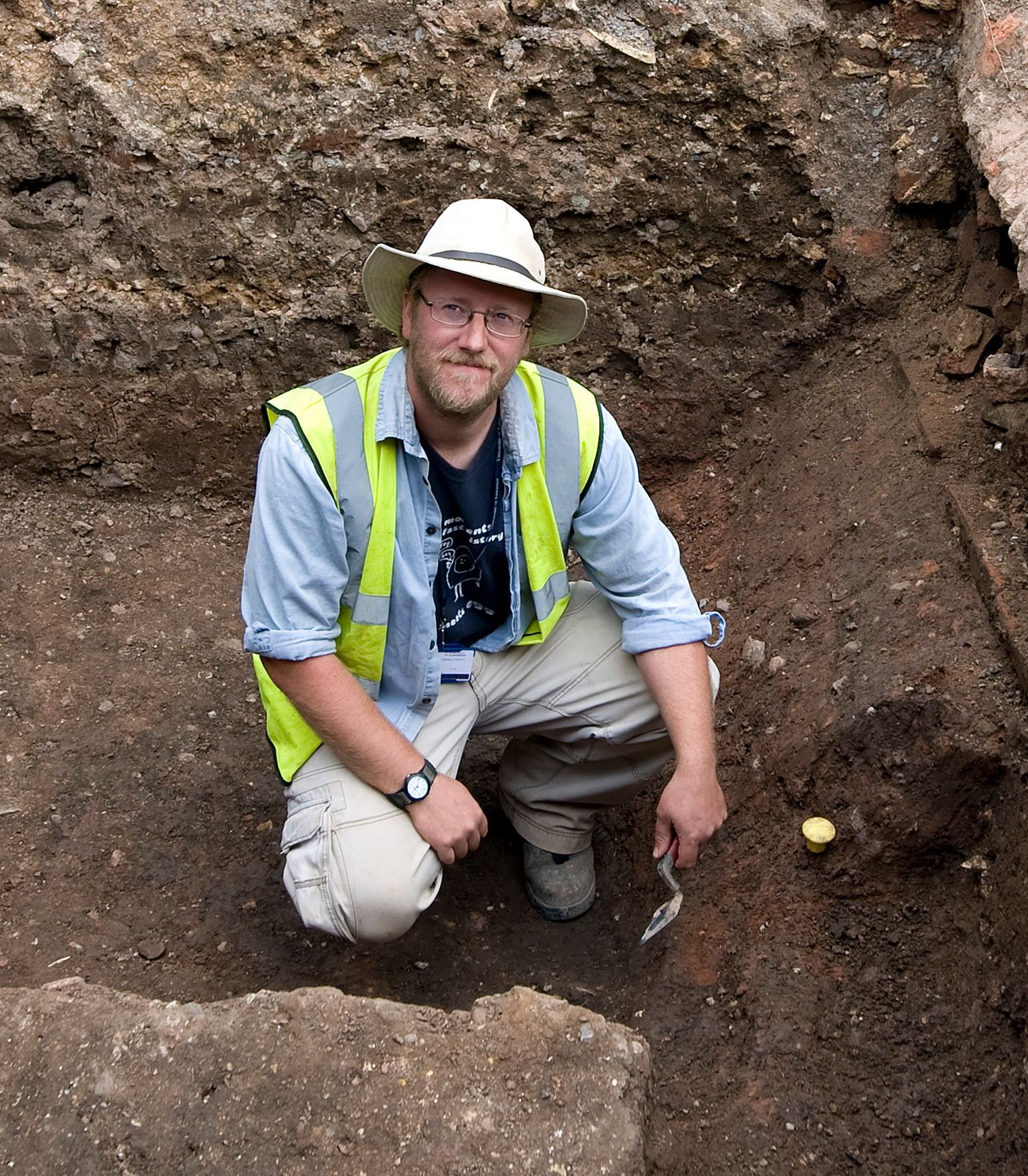 Mathew Morris: Revealing Grey Friars - The Search for the historic burial place of King Richard III