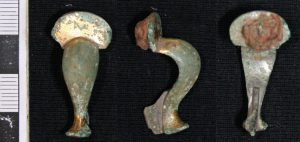 Roman gilded bronze brooch found nearby
